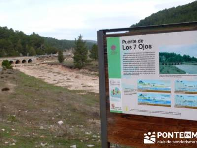 Puente de Los 7 Ojos - Senderismo Cañón del Río Lobos - trekking; viajes septiembre; gratis